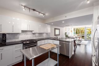 "Photo 9: 593 W 7TH Avenue in Vancouver: Fairview VW Townhouse for sale in ""AFFINITI"" (Vancouver West)  : MLS®# R2359072"