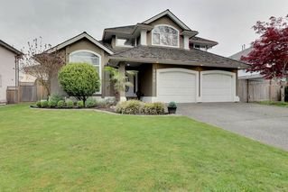 Main Photo: 9076 207 Street in Langley: Walnut Grove House for sale : MLS®# R2362948