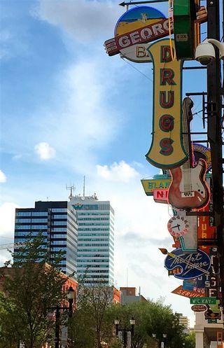 Photo 10: 3404 10019 104 Street in Edmonton: Zone 12 Condo for sale : MLS®# E4156356
