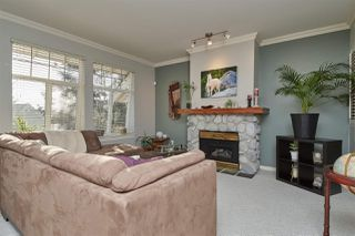 "Photo 4: 52 15037 58 Avenue in Surrey: Sullivan Station Townhouse for sale in ""WoodBridge"" : MLS®# R2377088"