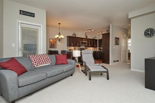 "Photo 3: 52 15037 58 Avenue in Surrey: Sullivan Station Townhouse for sale in ""WoodBridge"" : MLS®# R2377088"