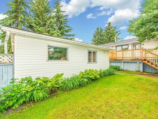 Photo 26: 3240 56 Street NE in Calgary: Pineridge Detached for sale : MLS®# C4256350