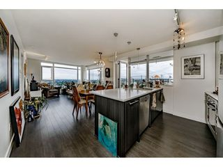 "Photo 8: 2305 608 BELMONT Street in New Westminster: Uptown NW Condo for sale in ""Viceroy"" : MLS®# R2385516"