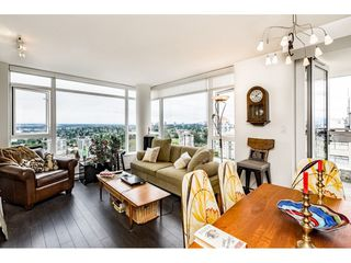"Photo 4: 2305 608 BELMONT Street in New Westminster: Uptown NW Condo for sale in ""Viceroy"" : MLS®# R2385516"