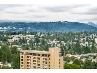 "Photo 17: 2305 608 BELMONT Street in New Westminster: Uptown NW Condo for sale in ""Viceroy"" : MLS®# R2385516"