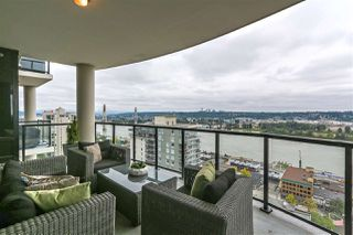 "Photo 1: 2003 610 VICTORIA Street in New Westminster: Downtown NW Condo for sale in ""THE POINT"" : MLS®# R2386617"