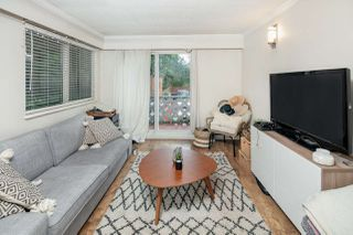 """Photo 2: 103 711 E 6TH Avenue in Vancouver: Mount Pleasant VE Condo for sale in """"THE PICASSO"""" (Vancouver East)  : MLS®# R2387072"""