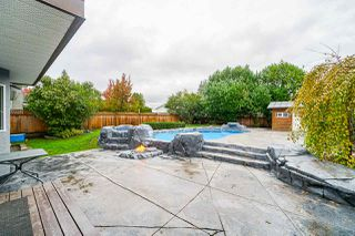 Photo 18: 5782 185 Street in Surrey: Cloverdale BC House for sale (Cloverdale)  : MLS®# R2411536