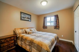 Photo 10: 5782 185 Street in Surrey: Cloverdale BC House for sale (Cloverdale)  : MLS®# R2411536