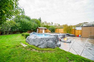Photo 19: 5782 185 Street in Surrey: Cloverdale BC House for sale (Cloverdale)  : MLS®# R2411536