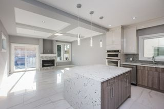Photo 10: 10907 60 Avenue in Edmonton: Zone 15 House for sale : MLS®# E4178134