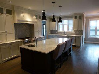 Photo 6: 10407 139 Street in Edmonton: Zone 11 House for sale : MLS®# E4179336