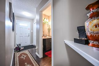 Photo 3: 3805 WHITELAW Place NW in Edmonton: Zone 56 House Half Duplex for sale : MLS®# E4192507