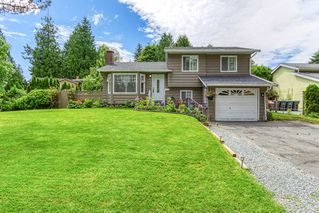 Main Photo: 6501 133A Street in Surrey: West Newton House for sale : MLS®# R2466504
