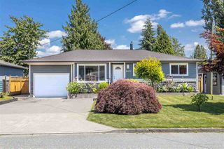 "Photo 2: 11672 STEEVES Street in Maple Ridge: Southwest Maple Ridge House for sale in ""SOUTHWEST MAPLE RIDGE - RIVER ROAD AREA"" : MLS®# R2471470"