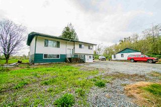 Photo 4: 26088 56 Avenue in Langley: Salmon River House for sale : MLS®# R2492918