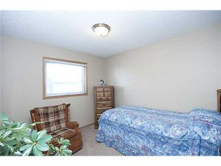 Photo 10: 68 WEST TERRACE Drive: Cochrane Residential Detached Single Family for sale : MLS®# C3463661