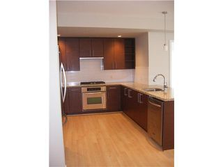 "Photo 3: 307 14300 RIVERPORT Way in Richmond: East Richmond Condo for sale in ""WATERSTONE PIER"" : MLS®# V891877"
