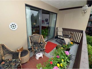 """Photo 9: 318 9847 MANCHESTER Drive in Burnaby: Cariboo Condo for sale in """"BARCLAY WOODS"""" (Burnaby North)  : MLS®# V894344"""