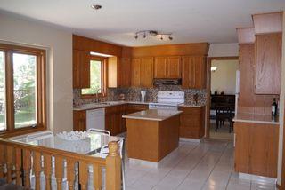 Photo 2: 27 Groveland Bay in Winnipeg: Residential for sale : MLS®# 1319384
