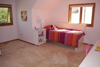Photo 9: 27 Groveland Bay in Winnipeg: Residential for sale : MLS®# 1319384