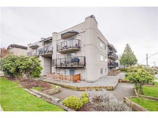 "Photo 1: 307 620 BLACKFORD Street in New Westminster: Uptown NW Condo for sale in ""DEERWOOD COURT"" : MLS®# V1055259"