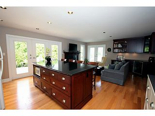 "Photo 8: 5539 4TH Avenue in Tsawwassen: Pebble Hill House for sale in ""PEBBLE HILL"" : MLS®# V1067813"