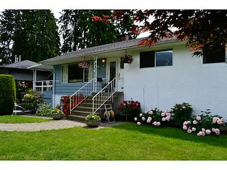 "Photo 3: 1135 RIDGEWOOD Drive in North Vancouver: Edgemont House for sale in ""EDGEMONT VILLAGE"" : MLS®# V1069941"