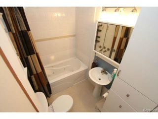 Photo 11: 216 Rutland Street in WINNIPEG: St James Residential for sale (West Winnipeg)  : MLS®# 1414398