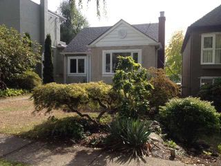 """Photo 1: 4214 W 14TH Avenue in Vancouver: Point Grey House for sale in """"POINT GREY"""" (Vancouver West)  : MLS®# V1086477"""