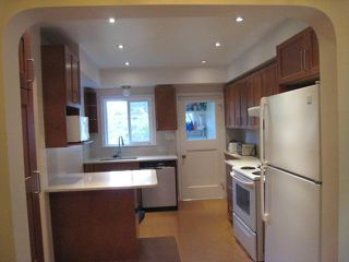 """Photo 2: 4214 W 14TH Avenue in Vancouver: Point Grey House for sale in """"POINT GREY"""" (Vancouver West)  : MLS®# V1086477"""