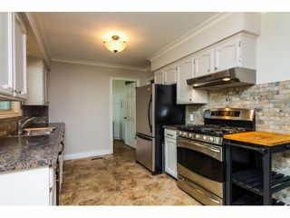 "Photo 7: 9263 SMITH Place in Langley: Fort Langley House for sale in ""Fort Langley"" : MLS®# F1424390"