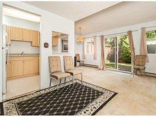 "Photo 4: 805 9274 122ND Street in Surrey: Queen Mary Park Surrey Townhouse for sale in ""WHISPERING CEDARS"" : MLS®# F1425476"