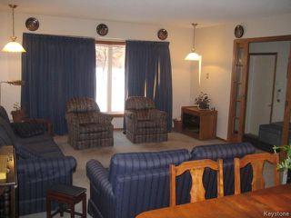 Photo 2: 54 Chornick Drive in WINNIPEG: North Kildonan Residential for sale (North East Winnipeg)  : MLS®# 1500741