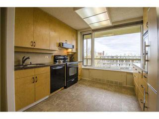 Photo 2: 701/02 3232 RIDEAU Place SW in Calgary: Rideau Park Condo for sale : MLS®# C3649551