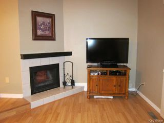 Photo 3: 17 Apple Lane in WINNIPEG: Westwood / Crestview Condominium for sale (West Winnipeg)  : MLS®# 1508789