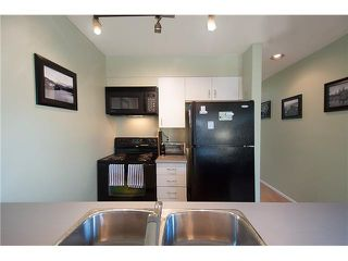 "Photo 14: 422 1820 W 3RD Avenue in Vancouver: Kitsilano Condo for sale in ""MONTEREY"" (Vancouver West)  : MLS®# V1118021"