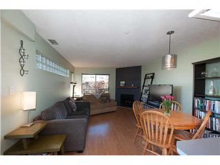 "Photo 2: 422 1820 W 3RD Avenue in Vancouver: Kitsilano Condo for sale in ""MONTEREY"" (Vancouver West)  : MLS®# V1118021"