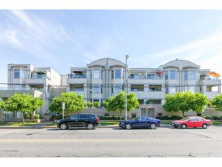 Photo 1: 207 20680 56TH Avenue in Langley: Langley City Condo for sale : MLS®# F1441743