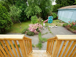 "Photo 15: 1453 FARRELL Avenue in Tsawwassen: Beach Grove House for sale in ""BEACH GROVE"" : MLS®# V1126726"