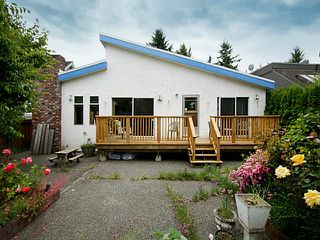 "Photo 14: 1453 FARRELL Avenue in Tsawwassen: Beach Grove House for sale in ""BEACH GROVE"" : MLS®# V1126726"