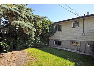 Photo 3: 19 MARANDA Close NE in Calgary: Marlborough House for sale : MLS®# C4019203