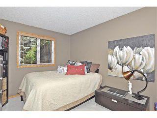 Photo 12: 19 MARANDA Close NE in Calgary: Marlborough House for sale : MLS®# C4019203