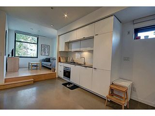 "Photo 2: 505 12 WATER Street in Vancouver: Downtown VW Condo for sale in ""GARAGE"" (Vancouver West)  : MLS®# V1141665"