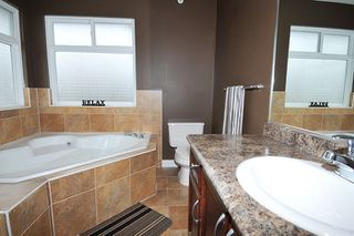 "Photo 12: 11735 GILLAND Loop in Maple Ridge: Cottonwood MR House for sale in ""RICHMOND HILL"" : MLS®# R2027944"