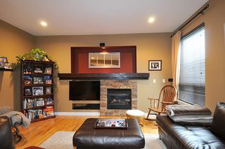 "Photo 8: 11735 GILLAND Loop in Maple Ridge: Cottonwood MR House for sale in ""RICHMOND HILL"" : MLS®# R2027944"