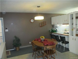Photo 5: 32 Crocus Bay in DAUPHIN: Manitoba Other Residential for sale : MLS®# 1602297