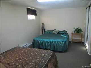 Photo 15: 32 Crocus Bay in DAUPHIN: Manitoba Other Residential for sale : MLS®# 1602297