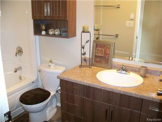 Photo 10: 32 Crocus Bay in DAUPHIN: Manitoba Other Residential for sale : MLS®# 1602297