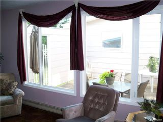 Photo 3: 32 Crocus Bay in DAUPHIN: Manitoba Other Residential for sale : MLS®# 1602297
